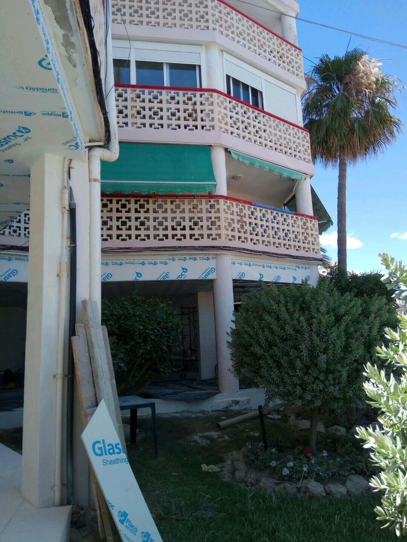 Fachadas con exteriores de Pladur