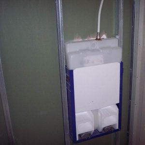 Instalación de fontanería oculta en sistemas Pladur.