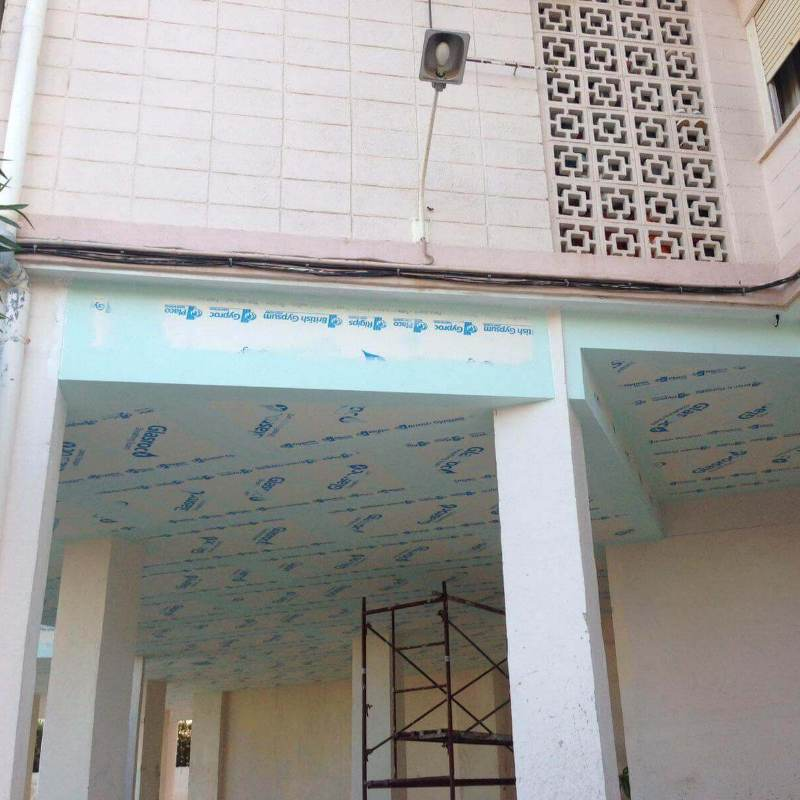 Fachadas con Pladur. Obra en fachada con Pladur de exterior.