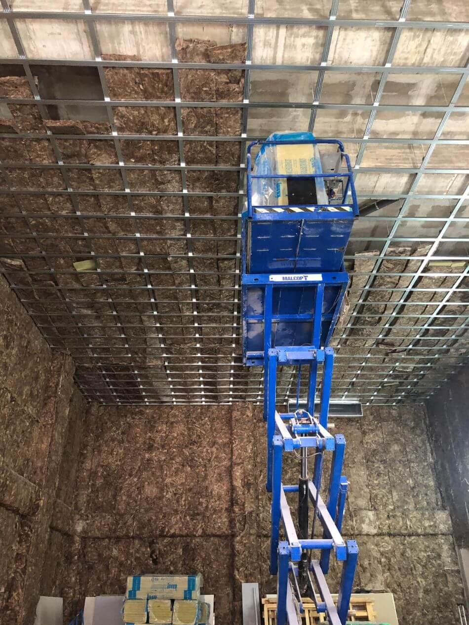 Estructura previa a la instalación de techo de pladur