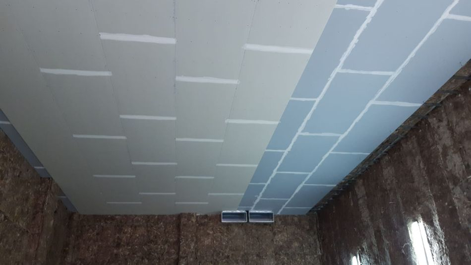Instalación de techo en local